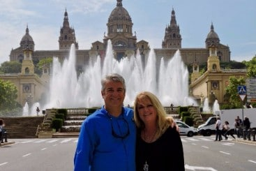 Couple on a luxury car tour of Barcelona