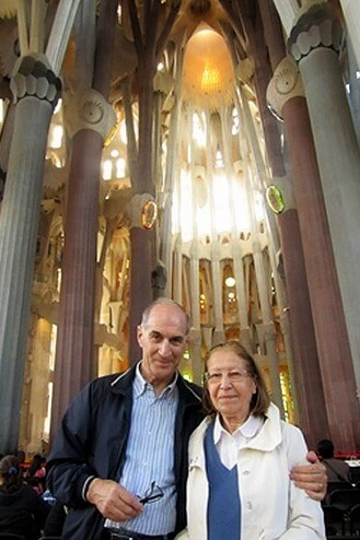 Couple during our private tour with Barcelona airport pickup