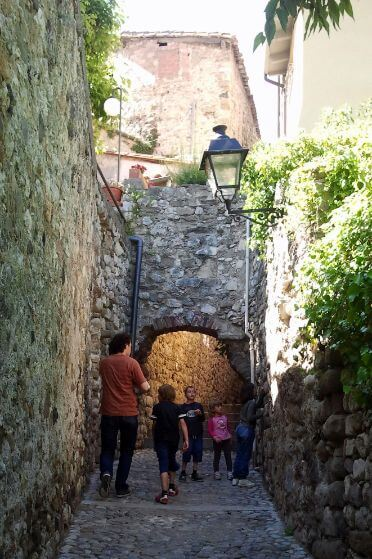 Family on a day trip from Barcelona to Besalu and Girona with us