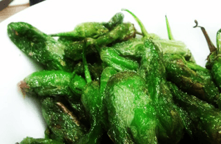 Local tapas: Padrón peppers
