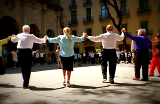 What to do on Sunday in Barcelona: Sardana dancing
