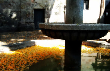 What to see in Gothic Quarter Barcelona: St. Felip Neri