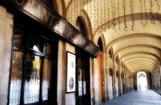 Early dinner in Barcelona: Set Portes