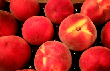Peaches from the Best Barcelona food markets