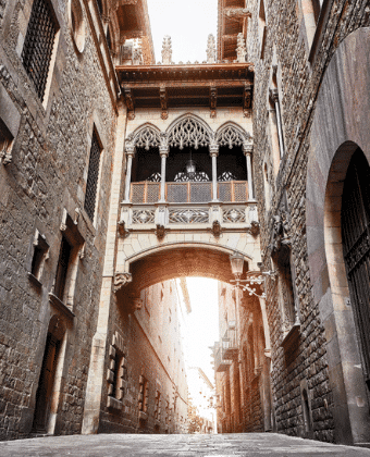 Bridge in Barri Gotic (Barcelona, Spain)