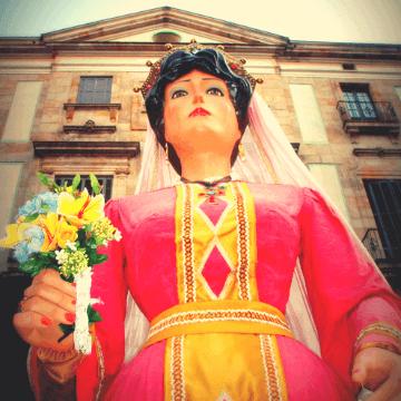 Giant during the Festes de la Merce | ForeverBarcelona