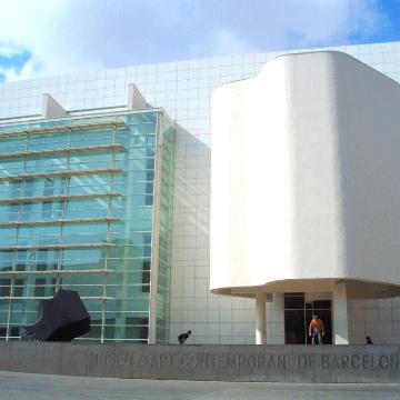 MACBA, museum close to many fun restaurants in Raval Barcelona