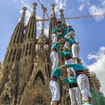Human Tower in front of Sagrada Familia