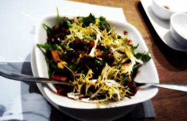 Poblenou Restaurant: salad