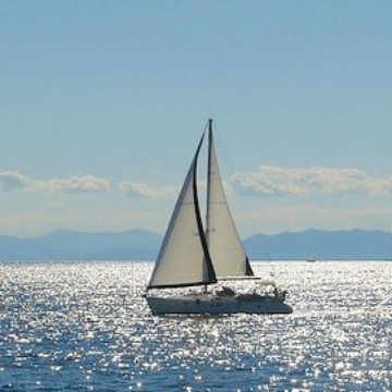 One of our favorite Barcelona sailing activities