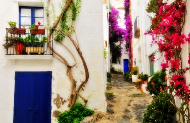 What to see in Cadaques: explore its old town