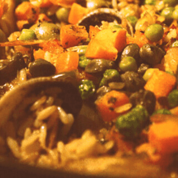 Traditional Spanish rice pot