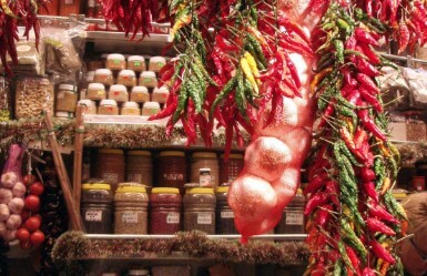 Market tour and cooking classes in Barcelona