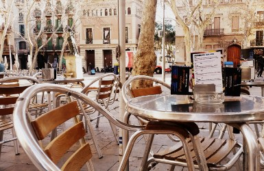 Best Plazas of Gracia District of Barcelona