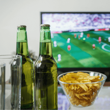 Beers and chips at the Barcelona bars to watch soccer