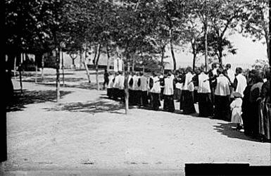 Black & White historical image of the Escolania of Montserrat